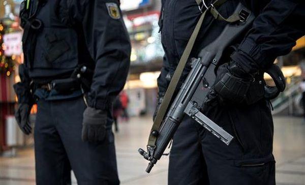 Γερμανία: Κολομβιανή έκρυβε κοκαΐνη σε εμφυτεύματα στο στήθος της