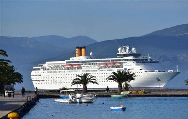 ΣΕΤΕ: Νέα χρονιά ρεκόρ στον τουρισμό