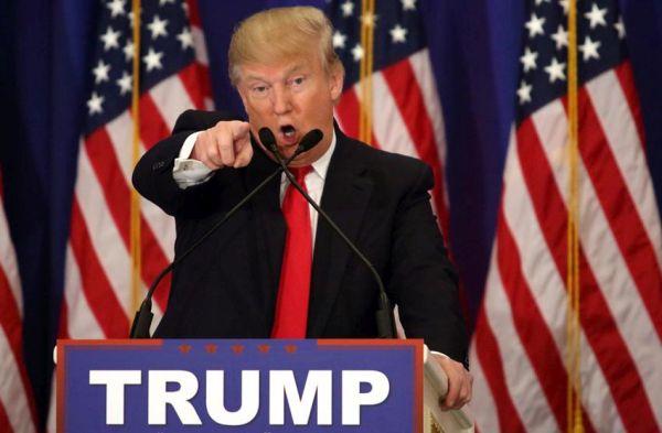 Τραμπ: Ας υψώσουμε τοίχο στα σύνορα με Μεξικό για να γλιτώσουμε από τα «φίδια»