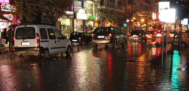 Βροχή για 2,5 μήνες σε ένα διήμερο