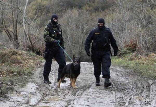 ΠΓΔΜ κοιτάζει Αυστρία για τα σύνορα, οι «28» δυσκολεύονται με την Τουρκία