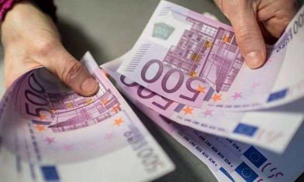 """Πιο... φουσκωτά τα στρώματα ~ """"Χαλάνε"""" 500 ευρώ με 497 ευρώ"""
