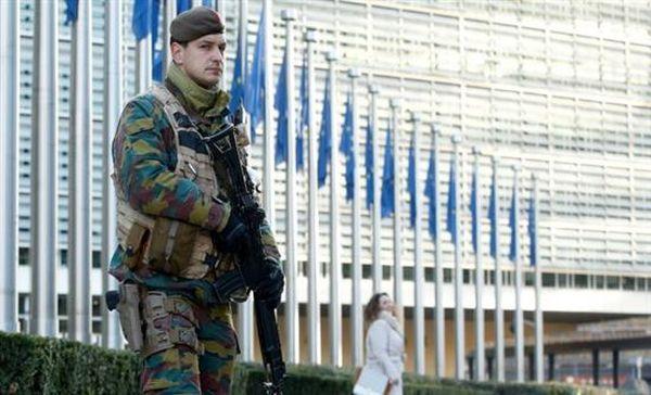 """""""Παγωμένη"""" πόλη οι Βρυξέλλες μετά το μπαράζ επιθέσεων"""