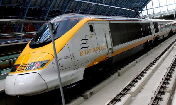 Ματαιώνει τα δρομολόγια των τρένων από και προς τις Βρυξέλλες η Eurostar