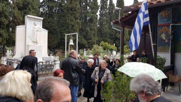 Εργασίες εξωραϊσμού στο Κοιμητήριο Ταξιαρχών Δήμου Βόλου