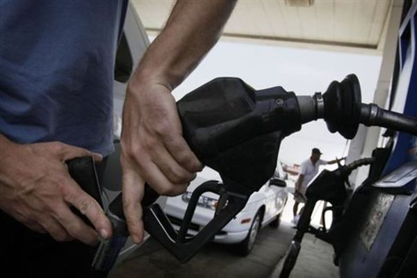 Αντίθετοι οι βενζινοπώλες σε πιθανή αύξηση του ΕΦΚ στο πετρέλαιο κίνησης