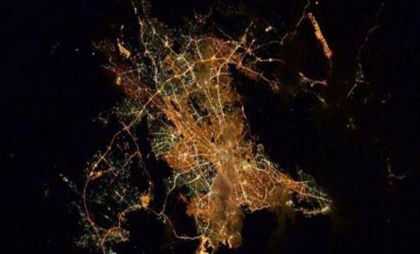 """""""Καληνύχτα Αθήνα"""" από το διάστημα"""