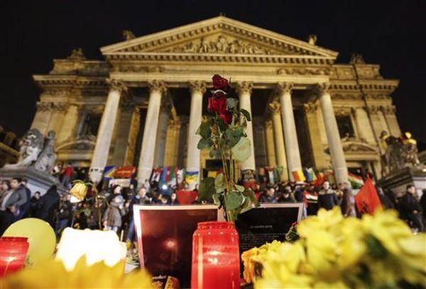 Οι μισοί Βέλγοι θέλουν κλείσιμο συνόρων μετά τις επιθέσεις