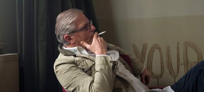Ποιος είναι ο Γιαν Φαμπρ, ο σκηνοθέτης με τα «παλλόμενα πέη» -Πήγαν να τον δείρουν στο Βέλγιο
