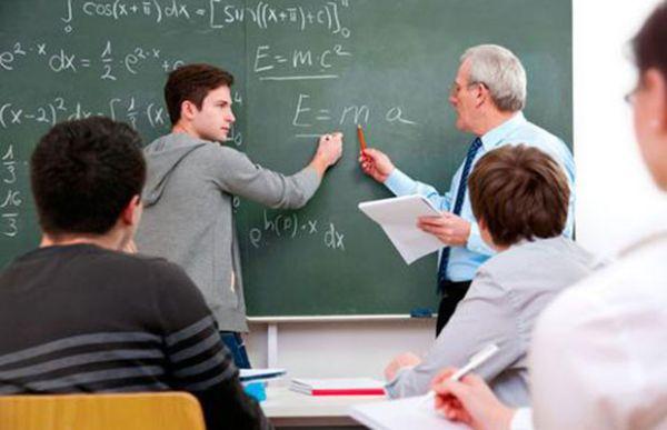 Καθηγητές σαν γονείς στους μαθητές τους στο Γυμνάσιο Μηλεών