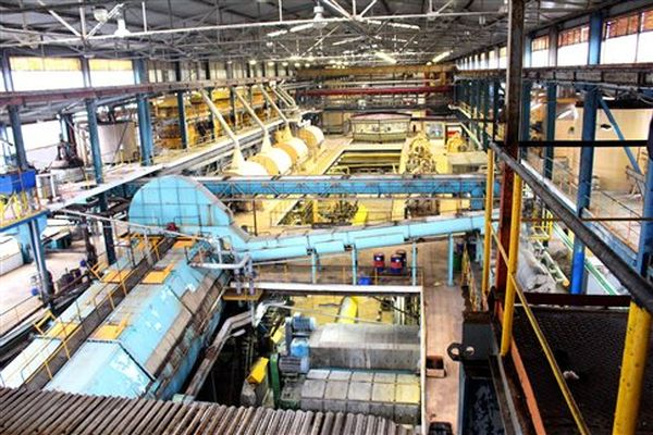 Συνεχίζουν τις καταλήψεις στα εργοστάσια της ΕΒΖ οι τευτλοπαραγωγοί
