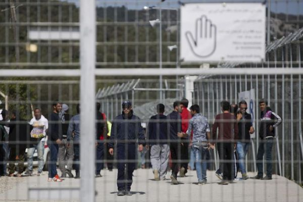 Σε κρίσιμη κατάσταση ο Αφγανός που αποπειράθηκε να αυτοκτονήσει στη Μυτιλήνη