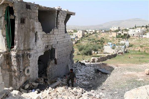 Συρία: Οι αντικαθεστωτικοί πήραν πόλη στη μεθόριο με την Τουρκία από την ISIS