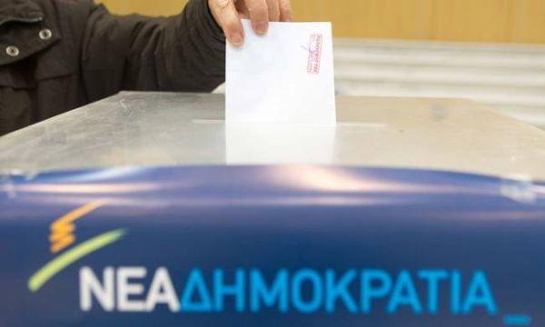 Νταόπουλος vs Αθανασάκη ~ Κάλπες την Κυριακή
