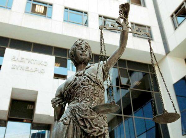 Αντισυνταγματικό το νομοσχέδιο για το ασφαλιστικό