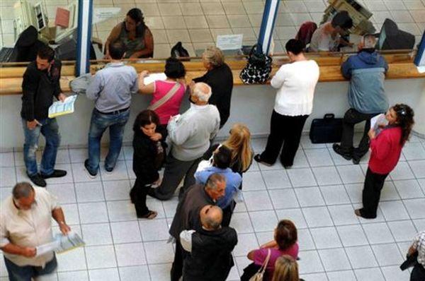 Εξόφληση φόρου εισοδήματος σε μηνιαίες δόσεις εξετάζει το ΥΠΟΙΚ