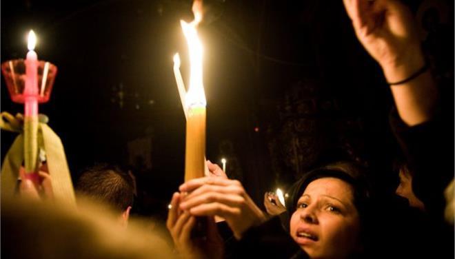 Σε 17 πόλεις το Αγιο Φως από τα Ιεροσόλυμα το Μεγάλο Σάββατο