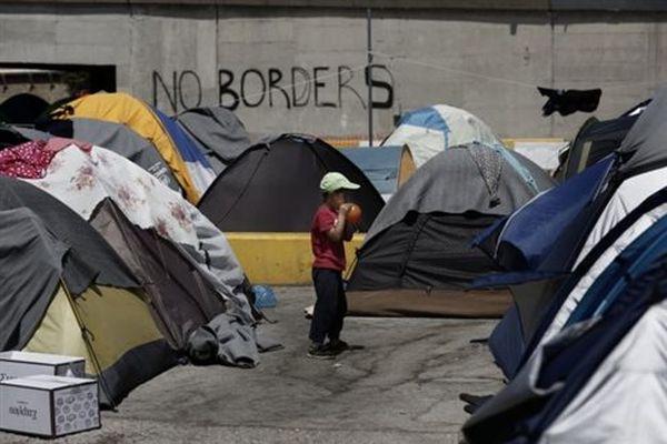 Ελληνικό: «Βγήκε όπλο» μεταξύ προσφύγων καταγγέλει ο αντιδήμαρχος
