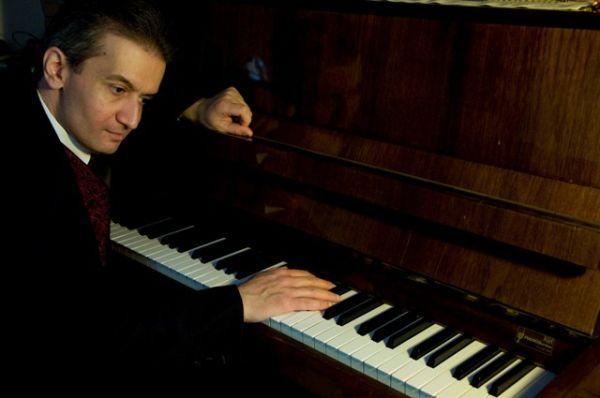 Η τέχνη του τραγουδιού στο πιάνο