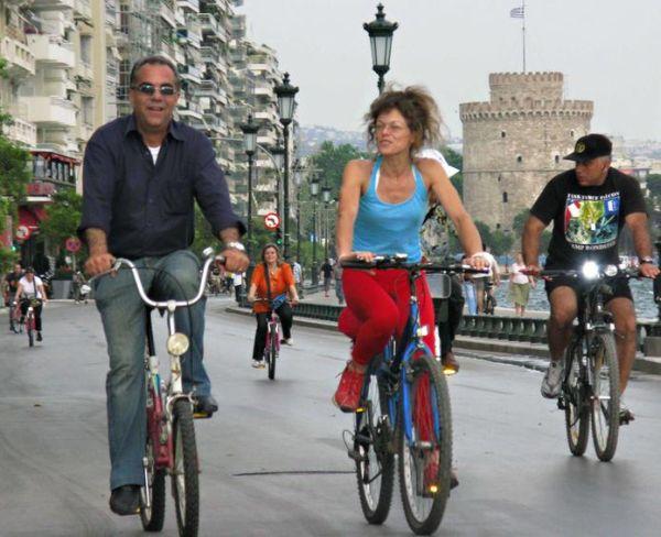 Ωφέλιμο το περπάτημα και το ποδήλατο ακόμη και σε ρυπαρό περιβάλλον