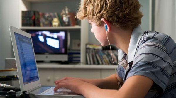 Διαδικτυακό σχολείο ιδρυσαν μαθητές και καθηγητές του ΓΕΛ Αλμυρού