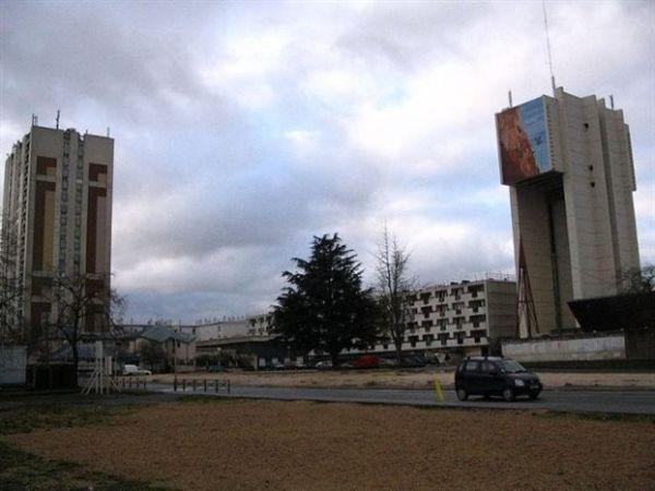 Γαλλία: Aπέβαλαν μουσουλμάνα μαθήτρια γιατί φορούσε μακριά φούστα