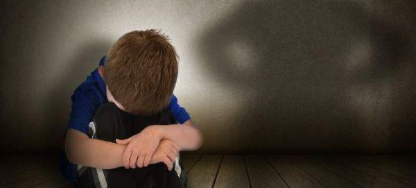 Σουηδία: Άρχισε μελέτη για τη φαρμακευτική θεραπεία της παιδοφιλίας