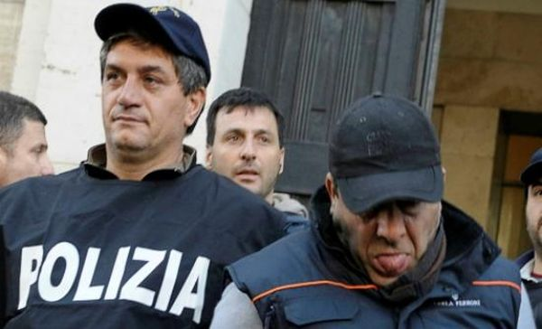 H μαφία της Νάπολης ήθελε να δολοφονήσει εισαγγελέα στον Νότο