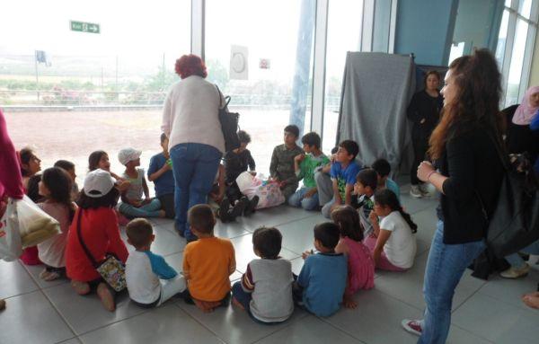 Στο Μόζα ο Δημοκρατικός Σύλλογος Γυναικών, η Επιτροπή Ειρήνης και οι καθαρίστριες