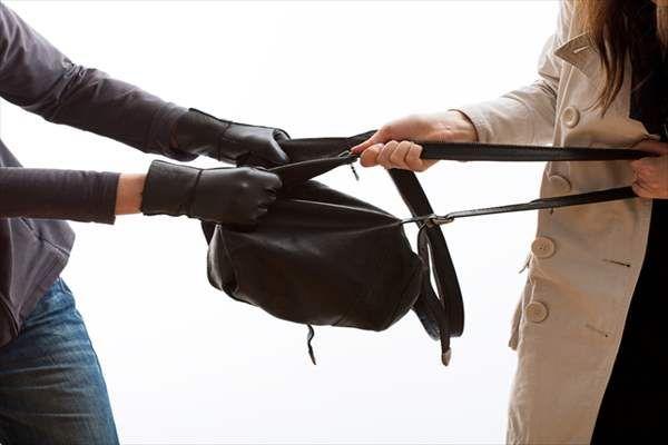 Εξιχνιάστηκε άμεσα αρπαγή τσάντας στη Λάρισα