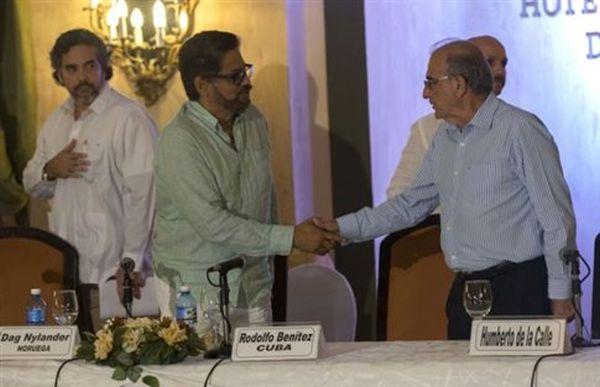 Συμφωνία FARC και Κολομβίας για απόσυρση ανήλικων μαχητών