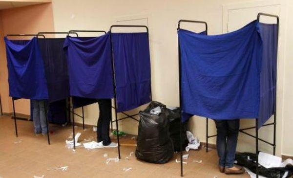 Ρεκόρ αποχής, διάσπαση ΔΑΠ και επεισόδια σημάδεψαν τις φοιτητικές εκλογές