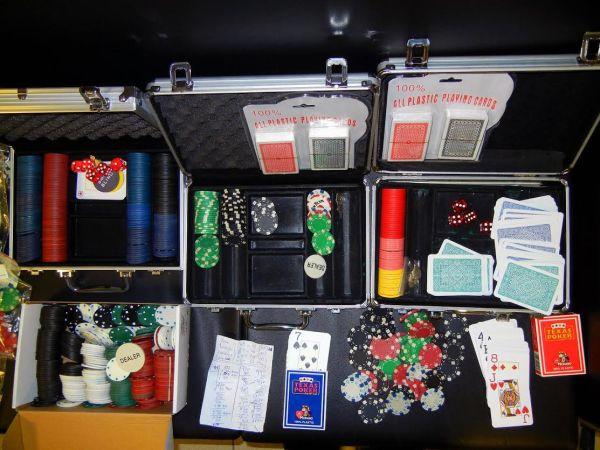 Λαρισαίοι είχαν μετατρεψει διαμέρισμα σε καζίνο