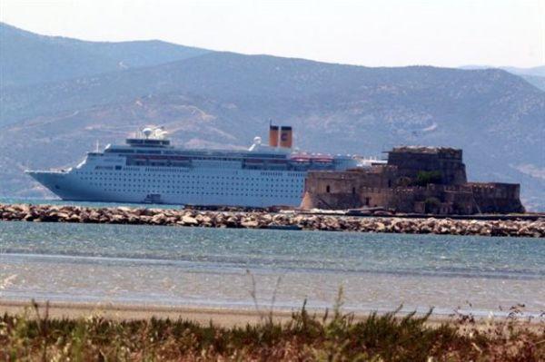 Στη Βουλή το θέμα της έλλειψης υποδομών στα λιμάνια