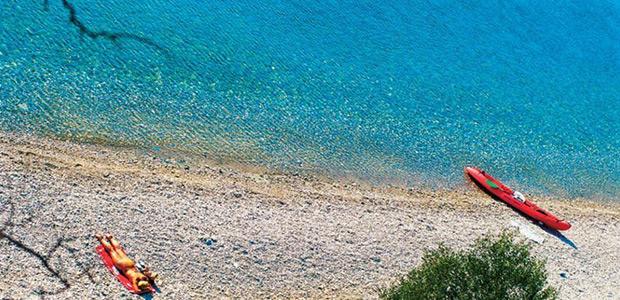 Στις 50 καλύτερες παραλίες της Μεσογείου η Πάου Αργαλαστής