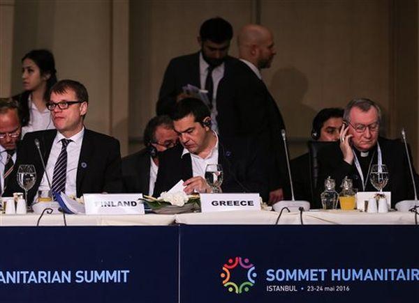 Τσίπρας: Συνεργασία για την αντιμετώπιση της ανθρωπιστικής κρίσης