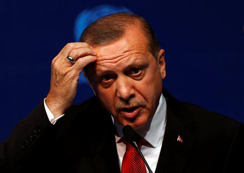 Με μπλόκο στη συμφωνία ΕΕ - Τουρκίας απειλεί ο Ερντογάν