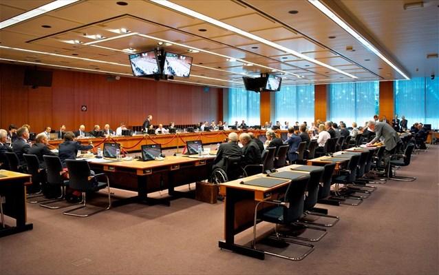 Eurogroup: Πράσινο φως για εκταμίευση, στο επίκεντρο τώρα το χρέος