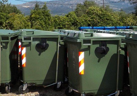 Πλύσιμο κάδων σε Ν. Ιωνία και Ν. Αγχίαλο
