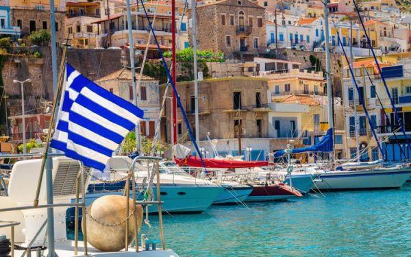 Deutsche Welle: Η Ελλάδα στις τάσεις του φετινού καλοκαιριού