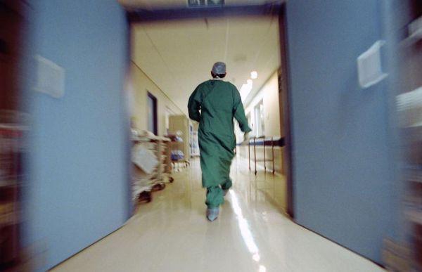 Ασθενείς δώρισαν υλικά σε νοσοκομεία προκειμένου να εγχειριστούν άμεσα