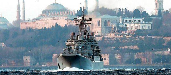 Ρωσία: Θα απαντήσουμε στην είσοδο πολεμικού πλοίου των ΗΠΑ στη Μαύρη Θάλασσα