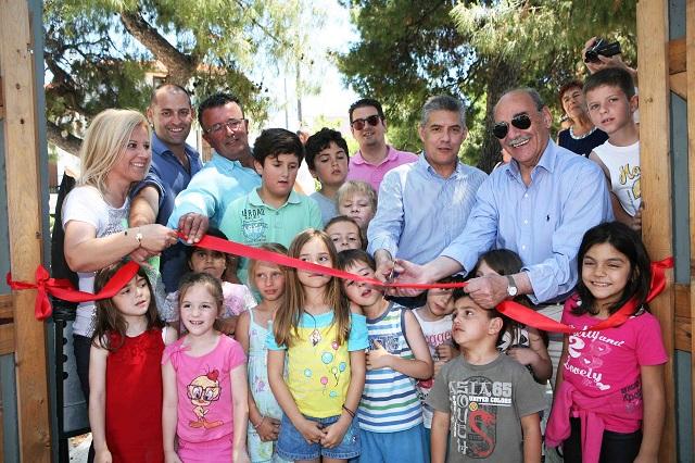 Νέα πλατεία και παιδική χαρά στην Αγ. Τριάδα Σκιάθου [photos]