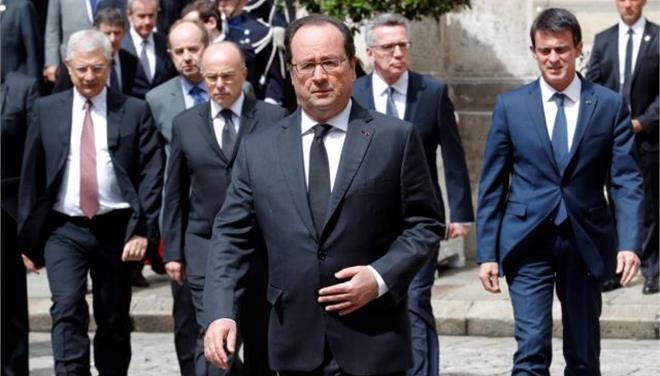 Ο Ολάντ απείλησε ότι θα απαγορεύσει τις διαδηλώσεις λόγω Euro