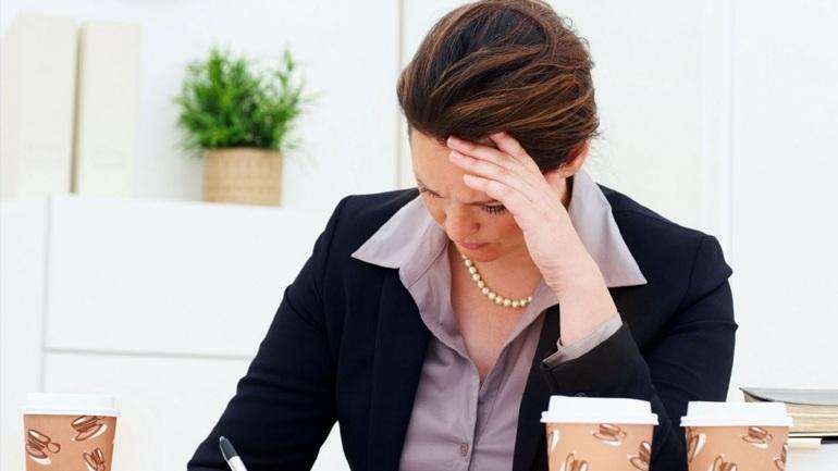 Έρευνα: Oι εργαζόμενες ανύπαντρες γυναίκες κινδυνεύουν περισσότερο από έμφραγμα