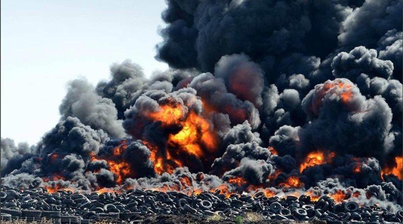 Πυρκαγιά σε εργοστάσιο ανακύκλωσης ελαστικών στη Λάρισα