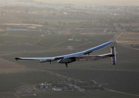 Πρώτο ηλιακό αεροπλάνο που ολοκληρώνει υπερατλαντική πτήση