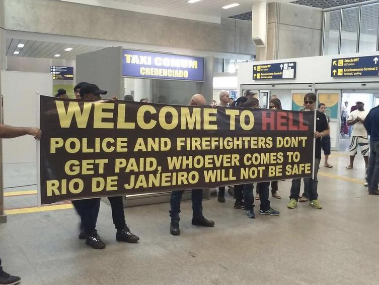 Βραζιλιάνοι αστυνομικοί προς τουρίστες: «Καλώς ήρθατε στην Κόλαση»