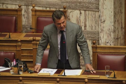 Προκλητικός ο Πετρόπουλος για το ΕΚΑΣ:Ποια σύνταξη; Προεκλογικό επίδομα ήταν!