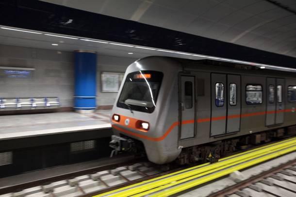 Πόσα μικρόβια κρύβονται στα βαγόνια του Μετρό; Είναι επικίνδυνα;